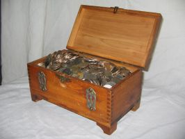 Treasure Chest 3 by Hjoranna