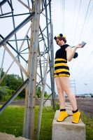I'm a bee... bzzz by gillykins