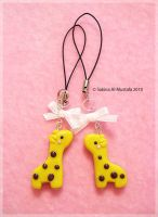 Giraffe cell charms by ChocoAng3l