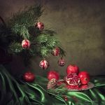 Christmas pomegranates by Daykiney