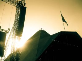 Pyramid stage by HighViolet