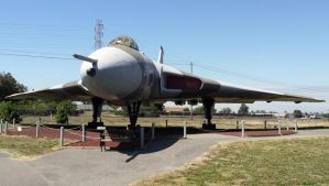 Avro Vulcan by shelbs2