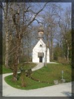 little church in Linderhof by lilie-morhiril