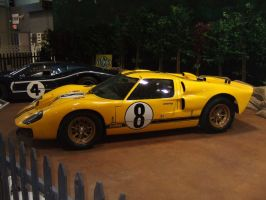 Ford GT40 Mk2 by Aya-Wavedancer