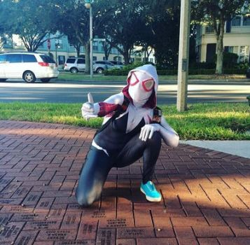 Spider-Gwen Cosplay by DippinDot-Doodles