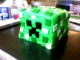 Creeper Cake by hklovesboba