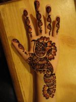 Henna Fever by A-w0man