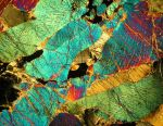Peridotite under the microscope by Indiliel