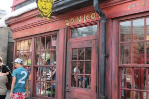Zonko's Joke Shop by X-x-Magpie-x-X