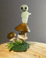 Little Kodama - Sculpture by Ganjamira