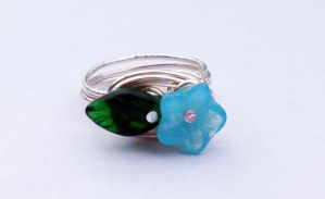 Size 6.5 Wire-Wrapped Flower Ring by FaerieForgeDesign