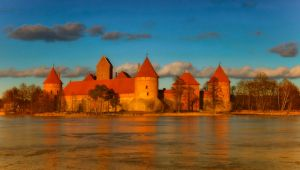 Castle in Trakai (Lithuania) by Witoldhippie