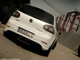 Whtie GTi 2 by MWPHOTO