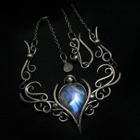 ENTIEEMENTH - Silver and Rainbow Moonstone by LUNARIEEN