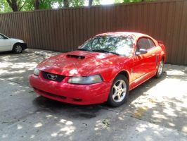 2003 Ford Mustang by TR0LLHAMMEREN