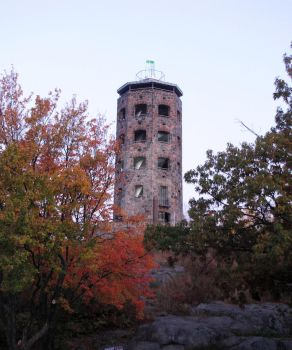 Enger Tower by Nipntuck3