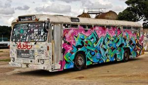 Graffiti bus other side by Ariel1707