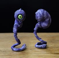 Embryo 3D violet by MaComiX