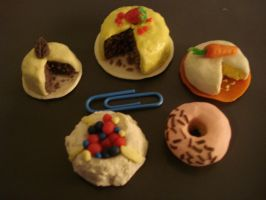Mini Treats by RinMitsu