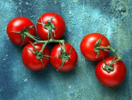 Tomatoes by Swanhill