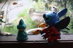 Two Friends: Munchlax and Stitch by thatravenclawchick