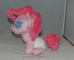 Aww....A Baby Pinkie Pie by Gypmina