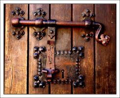 Old Lock by FilipaGrilo