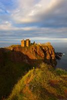 Dunnottar Castle by Dave-Derbis