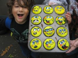 Spongebob cupcakes 2 by ScArY0fAiRy