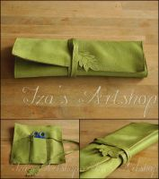 Green Leaf Leather Pencil Case by izasartshop