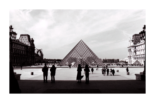 le Louvre by lilwilli