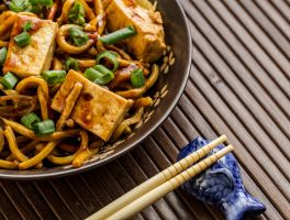 Lo Mein with Tofu by Pancake598