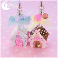 Candy house Charm (chocolate and strawberry) by CuteMoonbunny