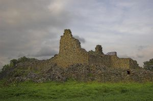The ruins of Kuusisto Castle by Karelen
