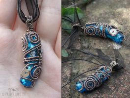 Blue steampunk pendant by ukapala