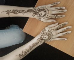 Mehndi 2 by tin-sulwen