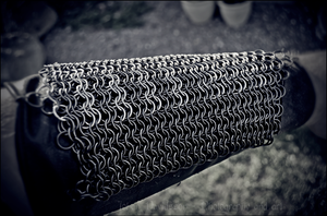 Chainmaille bracer: Finished by Grall19