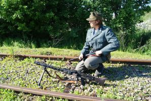 MG 42 - the railtrack watchers 10 by SPIDIvonMARDER