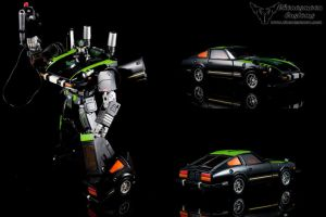 Custom Transformers Masterpiece G1 Lockdown by chonosmoon