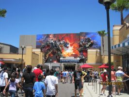 Transformer 3D ride poster in the distance by Runway01