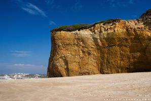 Cliff by horai