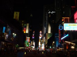 Times Square 8 by raindroppe