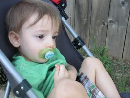 Baby with Paci Stock by Skysofdreams-Stock