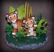 tigers cake topper by melinaminotti