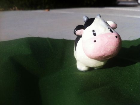 Harvest Moon Cow Sculpture by tacoroach