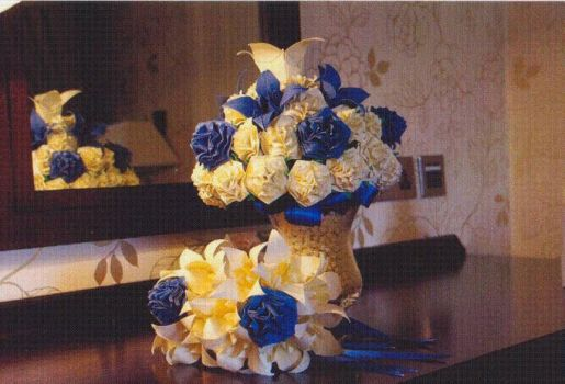 Origami Bride Wedding Rose Bouquet by JacqueProductions