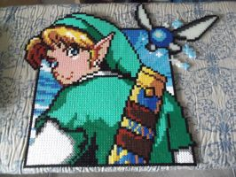 Link made of fuse beads by capricornc5