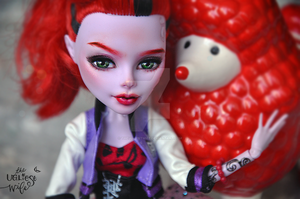 Stacy (OOAK Monster High Operetta) by theugliestwife