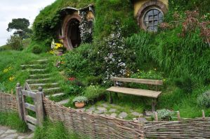 hobbiton in new zealand by iRISSIEL