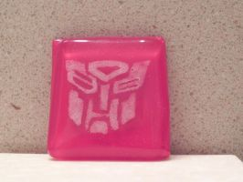 Commissioned Glass Autobot pendant by illmatar
